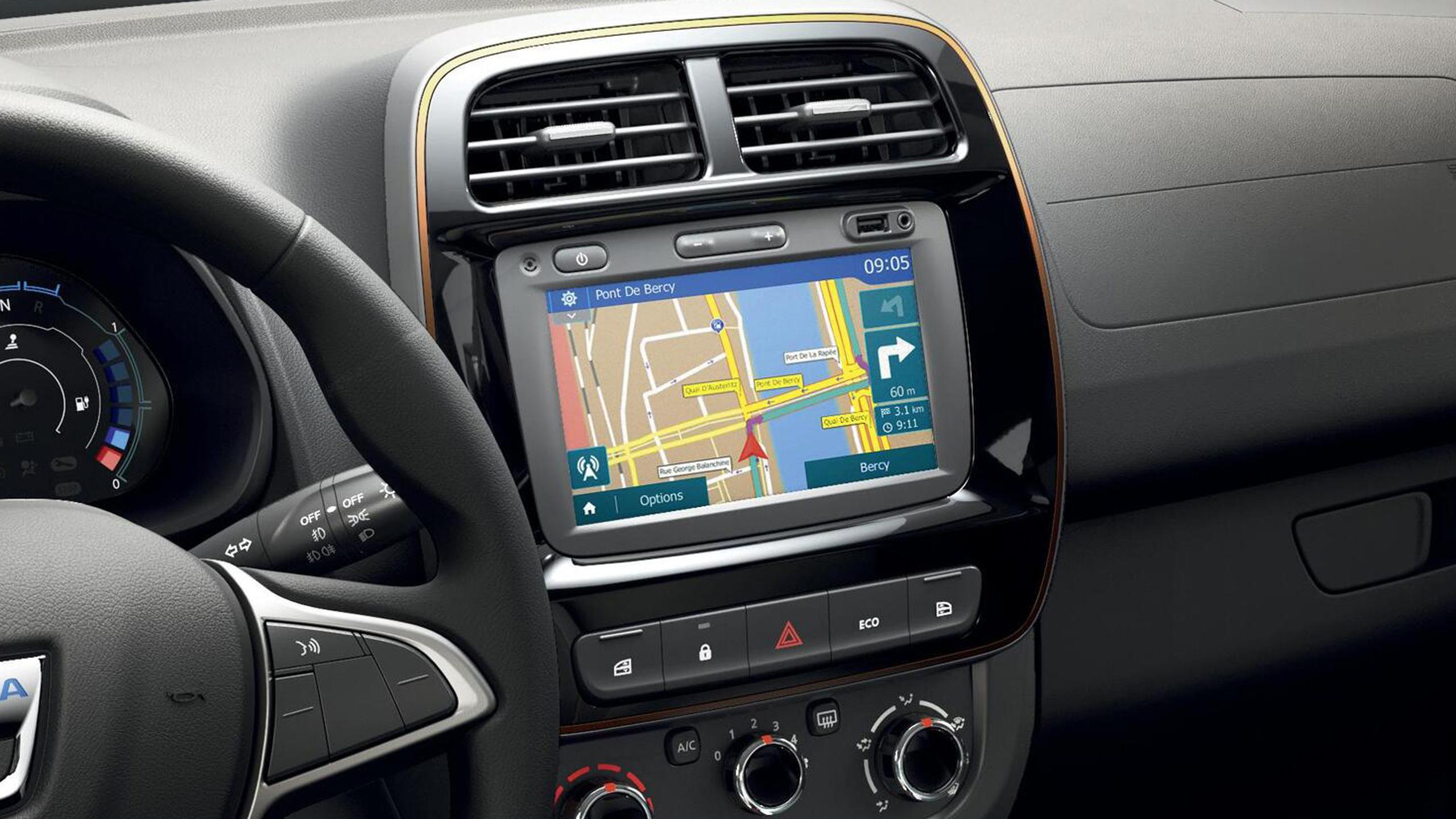 Système multimédia MEDIANAV (écran 7'' avec Navigation, réplication smartphone, USB, bluetooth, DAB)