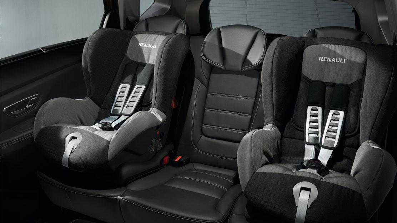 system mocowania fotelika dla dziecka Isofix na fotelu pasaż. z przodu i na bocznych tylnych miejsc.