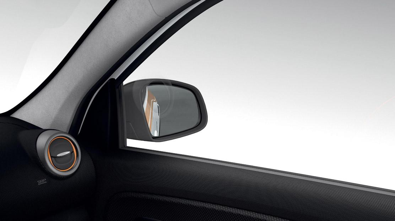 Elektrisch verstelbare en verwarmbare buitenspiegels, bestuurderskant asferisch