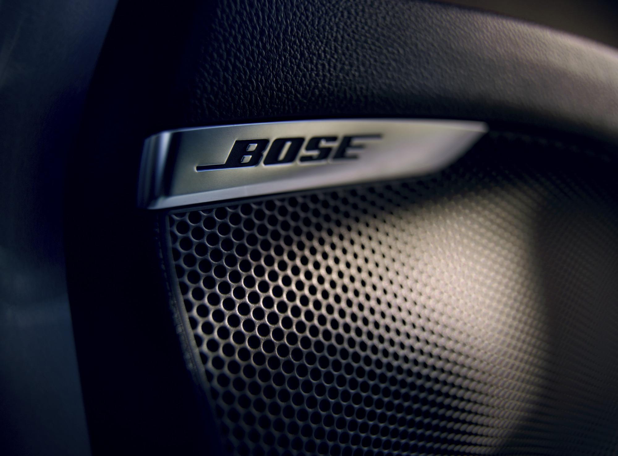 Bose® DAB Prémium hangrendszer