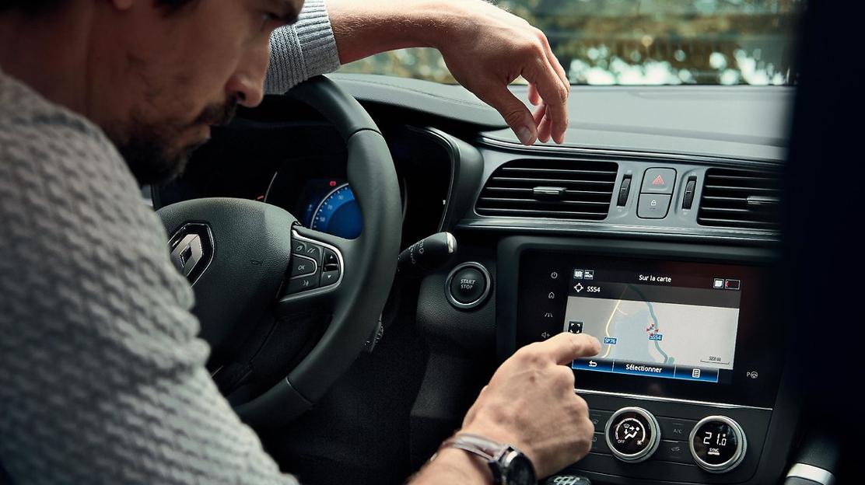 Navigationssystem mit Europa-Kartenmaterial auf 4 GB SD-Karte für Carminat TomTom Live