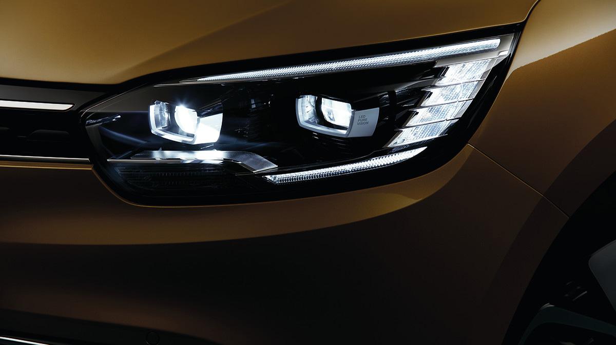 Full LED Pure Vision prednji žarometi